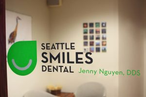 Seattle Smiles Dental – Front Entry Window